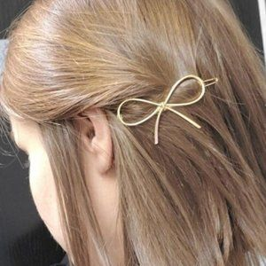 Brandy Melville Gold Metal Bow Knot Hair Clip Pin